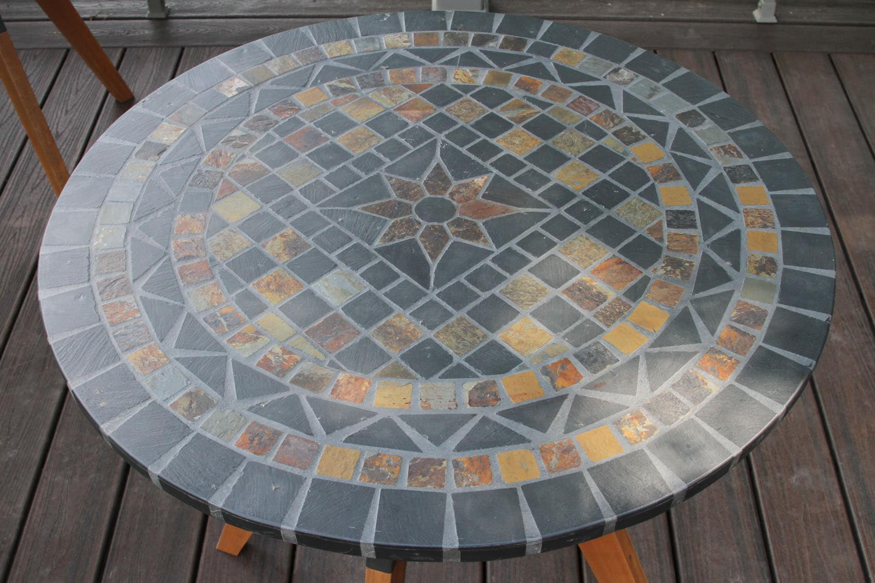 30 Rustic Slate Mosaic Bistro Table Top with Mixed