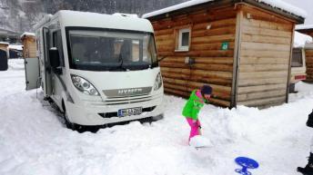 Wintercamping mit Kindern