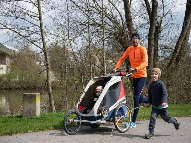 wandern mit Kinderwagen