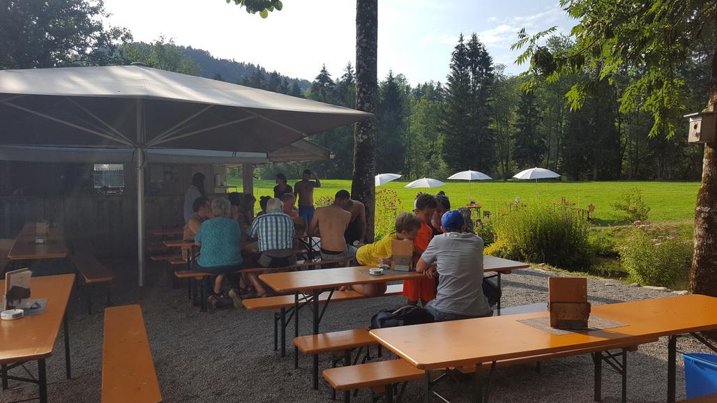 Outdoor Küche Für Camping : Camping am fischteich bregenzer ach: lagerfeuerromantik und baden im