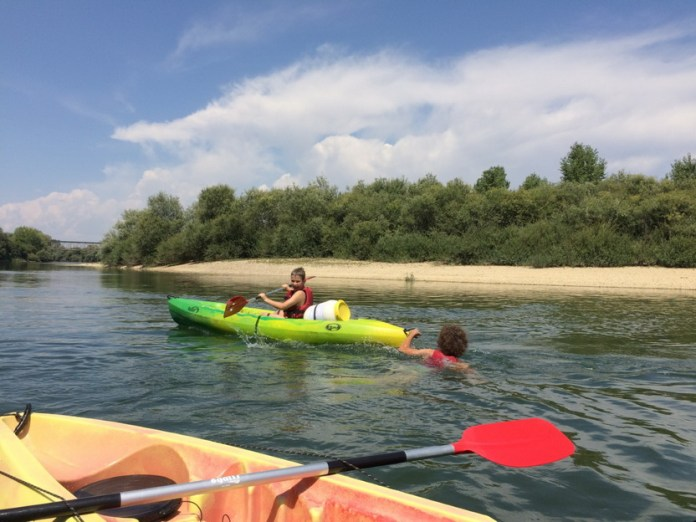 Camping Les Arbois Montjay Kanu Doub