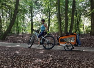 gefederter Hundeanhaenger Fahrrad Doggytourer