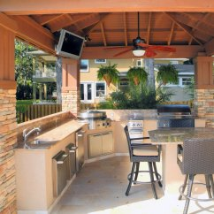 Outside Kitchen Types Of Flooring Pros And Cons Evo Outdoor Gallery Outdoorlux Grill Cooktop Flat Top