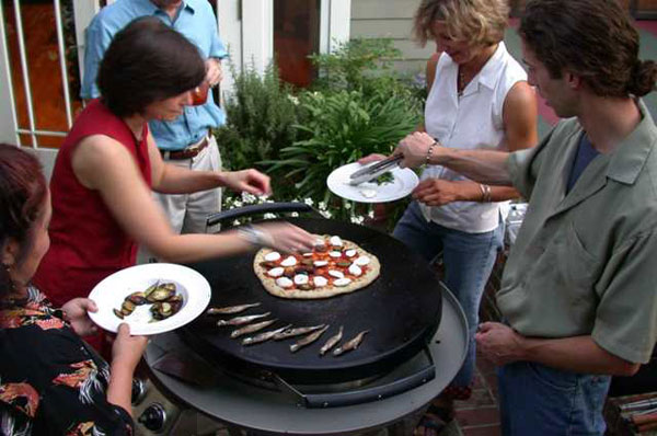 Evo Grills The Social Cooking Appliance OutdoorLUX
