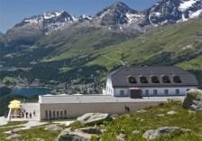 berghotel-muottas-muragl-hotel-switzerland-11-600x420