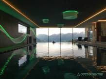 Infinity-Pool-Panorama-Wellness-Das-Gerstl-Outdoormind