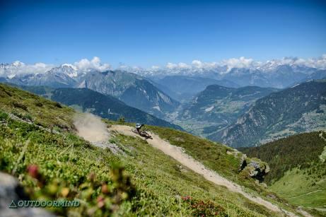 Brody-Duncanhood-Bikepark-Verbier-Jump-Line-Outdoormind