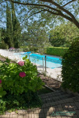 Pool Trans Alpes Maritimes Yellow Travel