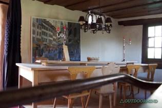 Küchentisch im Walserhaus in der alten Küche