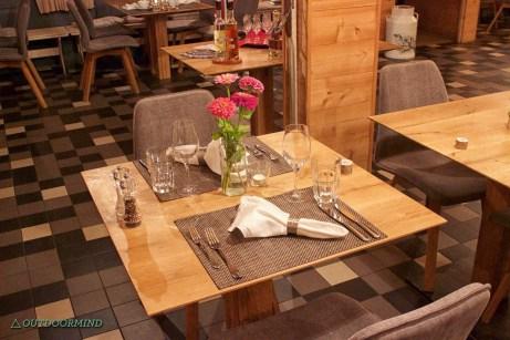 Restaurant_Swiss_Alpine_Lodge_Rinderberg_Outdoormind