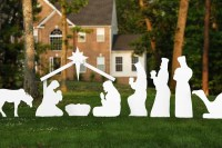 Helpful Guide to Large Outdoor Christmas Decorations ...