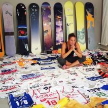 Nicola Thost inmitten ihrer Erinnerungen an ihre Karriere