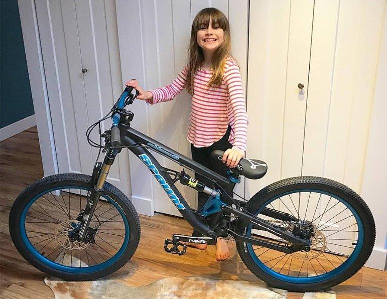 Jessamy Tippie und ihr neues Bike