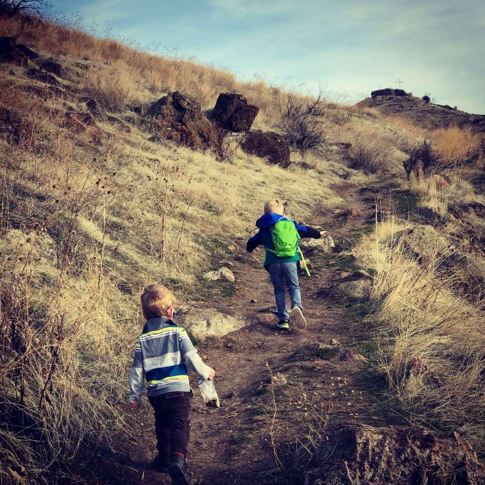 boys castle rock hike