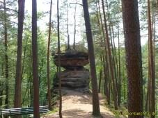 Felsenpfad 065