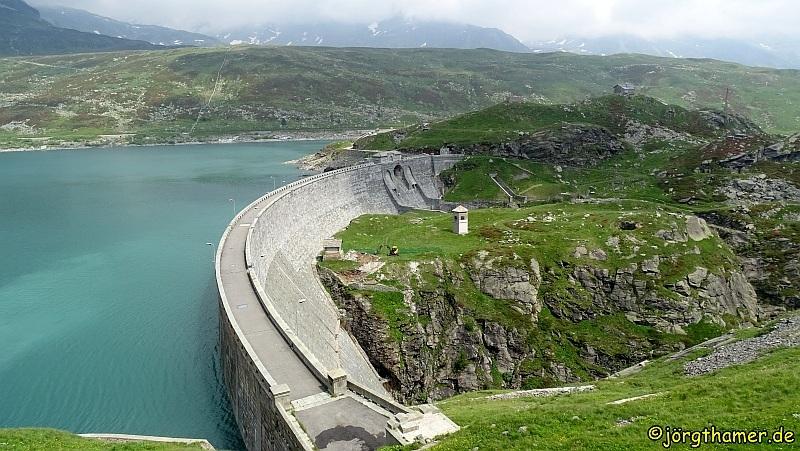 Via Spluga Etappe 3 - Staumauer