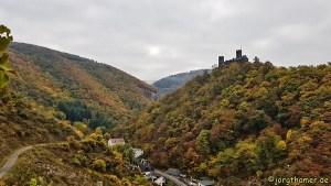 Moselsteig Etappe 22 - Blick auf Burg Thurant