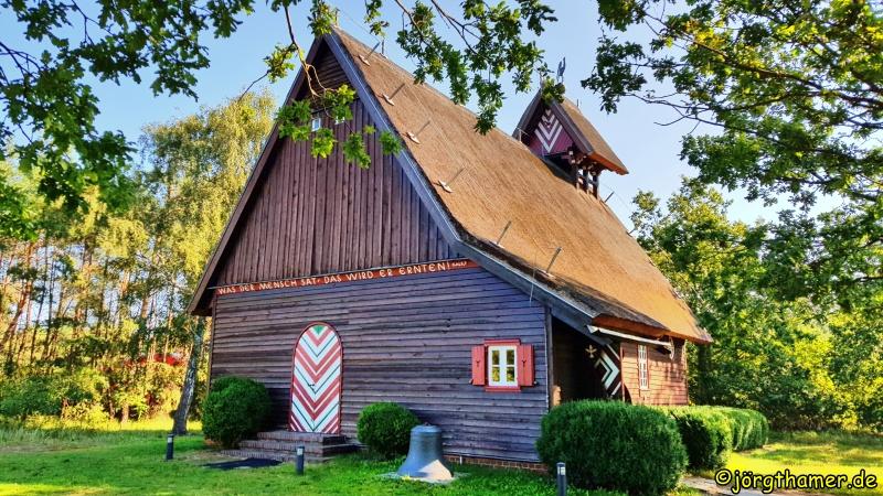 Blick auf die Fischerkirche Born am Darß