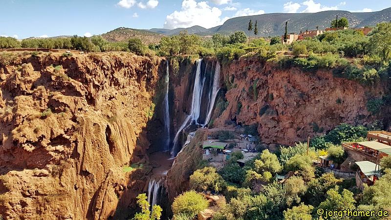Blick auf die Wasserfälle von Ouzoud