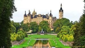 Schloss Schwerin mit Parkanlage