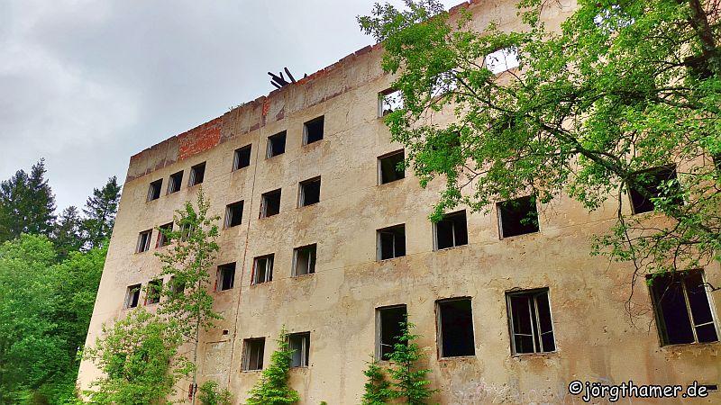 Ehemaliges Unterkunftsgebäude Tschechoslowakische Volksarmee