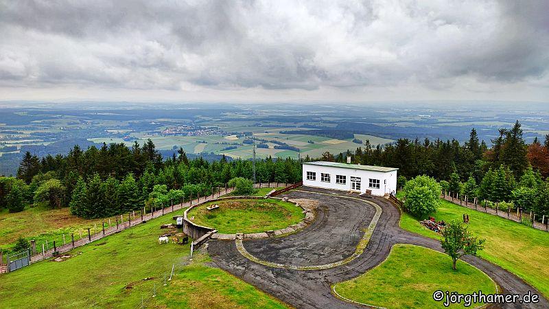 Weitblick vom Tillenberg-Turm