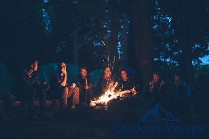 10 Camping Drinking Campfire Games For Adults Outdoors Voyager
