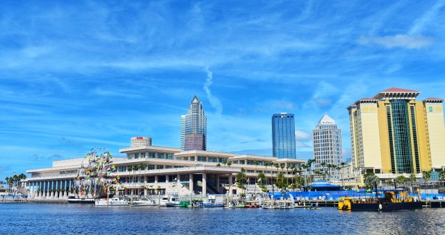 tampa riverwalk marina