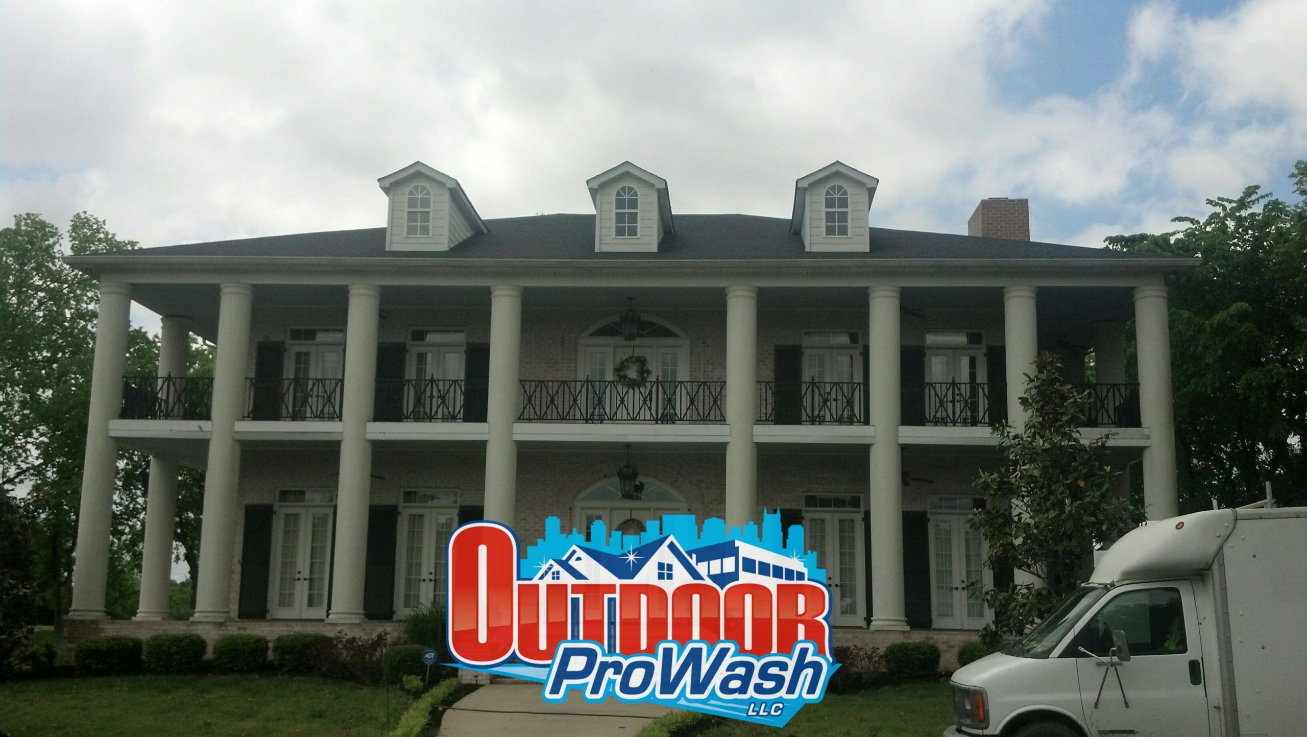 Gutter Cleaning Old Hickory TN
