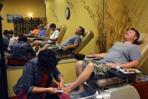 Man Pedicure Salon Hairoics