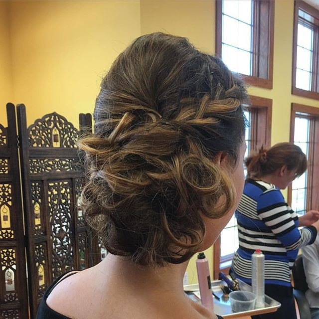free hair styling class - braided styling