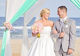 Five Fish Wedding Photographer OBX