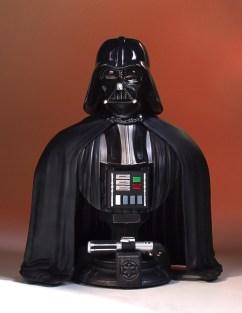 SDCC-2017-Darth-Vader-Bust-001