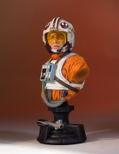 SDCC-2017-Luke-Skywalker-Bust-002