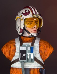 SDCC-2017-Luke-Skywalker-Bust-011