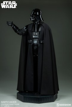 star-wars-darth-vader-legendary-scale-figure-400103-06