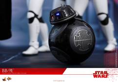 Hot-Toys-The-Last-Jedi-BB-9E-007