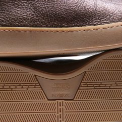 Resistance-Bronze-Bottom-Detail