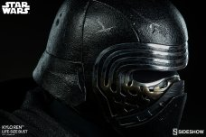 Kylo-Ren-Life-Size-Bust-016