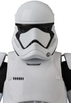 MAFEX-Last-Jedi-Stormtrooper-004