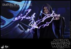 Hot-Toys-Star-Wars-Emperor-Palpatine-006