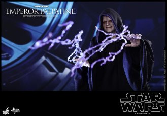 Hot-Toys-Star-Wars-Emperor-Palpatine-006