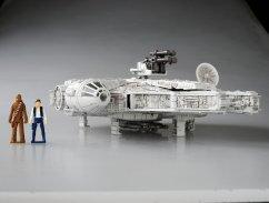 Star-Wars-x-Transformers-Millenium-Falcon-09