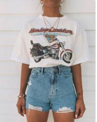 30+ Jeans Short Outfit Ideas to Look Stylish Outfit Styles