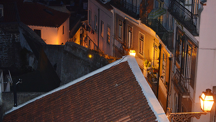 El Chiado y Barrio Alto, Lisboa - Out the Cave