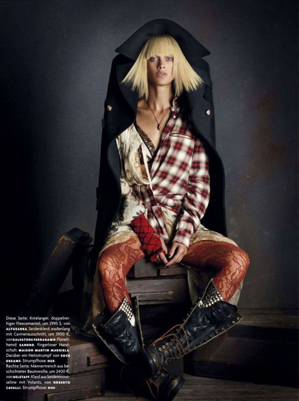 la-modella-mafia-rebel-romance-Carolyn-Murphy-x-Vogue-Germany-December-2012-photographed-by-Daniele-Iango-1