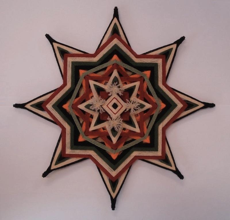 The Ojo de Dios Gods Eye weawing crafts 10