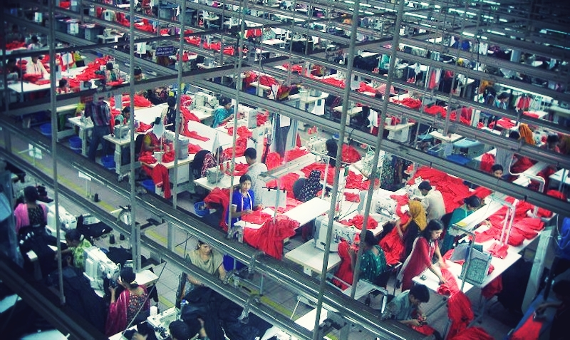Garments_Factory_in_Bangladesh.jpg_effected-001