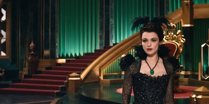"""""""OZ: THE GREAT AND POWERFUL"""" Rachel Weisz ©Disney Enterprises, Inc. All Rights Reserved."""