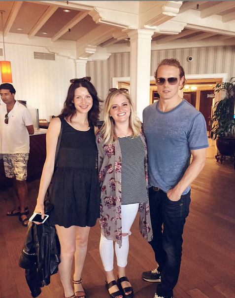 brookeogwinI look like a total goon, but I was so over the moon about meeting @samheughan and @caitrionabalfe from #outlander !! They were so nice to stop and chat with me for a second! Great book, great show, great day for meee!!